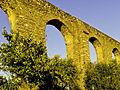 Arcadas do Aqueduto da Água da Prata.jpg