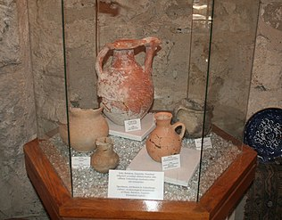 Archeological findings of Yaloylutepe culture from Shaki, Balakan, Zaqatala regions in Church of Kish.jpg