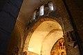 Arco de medio punto situado sobre el altar (15805774550).jpg