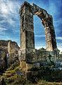 Arco del Foro, Carsulae.jpg