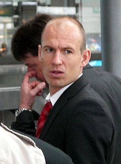 Arjen Robben travel.jpg
