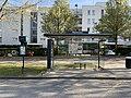 Arrêt Bus Commissariat Cours Luzard - Noisiel (FR77) - 2021-04-24 - 1.jpg