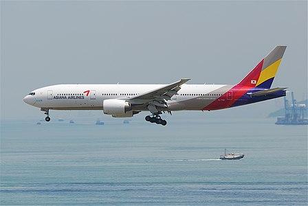 Boeing 777-200ER (HL7742) of Asiana Airlines crashed on San Francisco 6/7/2013