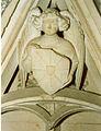 Atelier de Jean Prindale, Ange scutifère, détail du tombeau du prieur Jean de Seyssel à Romainmotier (Vaud), vers 1410-1415.jpg