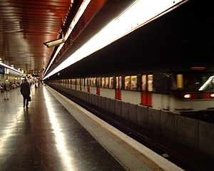 RER A - An MS 61 train at Auber.
