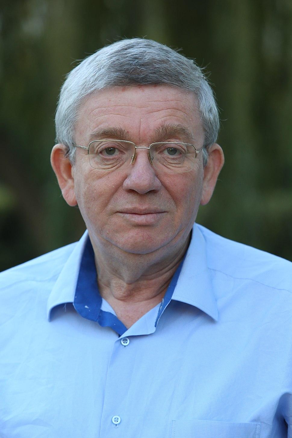 Avner Holtzman in 2015
