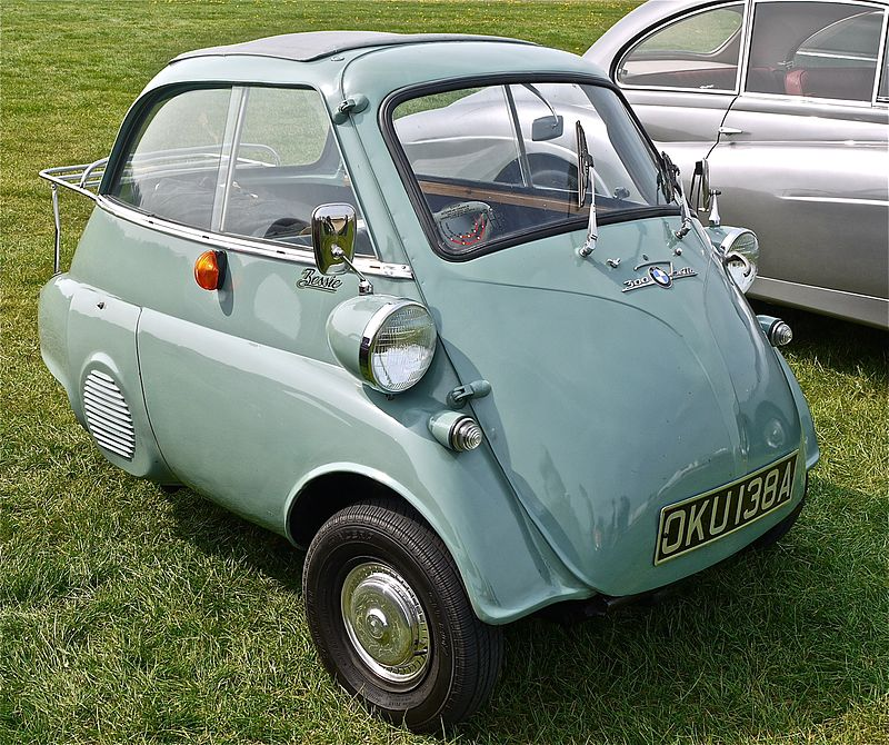 800px-BMW_Isetta_-_Flickr_-_mick_-_Lumix