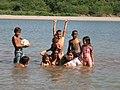 Baño en el río Lempa (San Nicolás) - panoramio.jpg