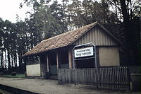 Bahnhofsgebäude, Tierpark.JPG