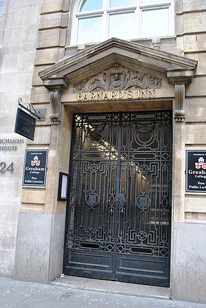 Barnard's Inn - Barnard's Inn entrance
