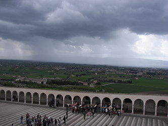Basilica of San Francesco d'Assisi clouds.jpg