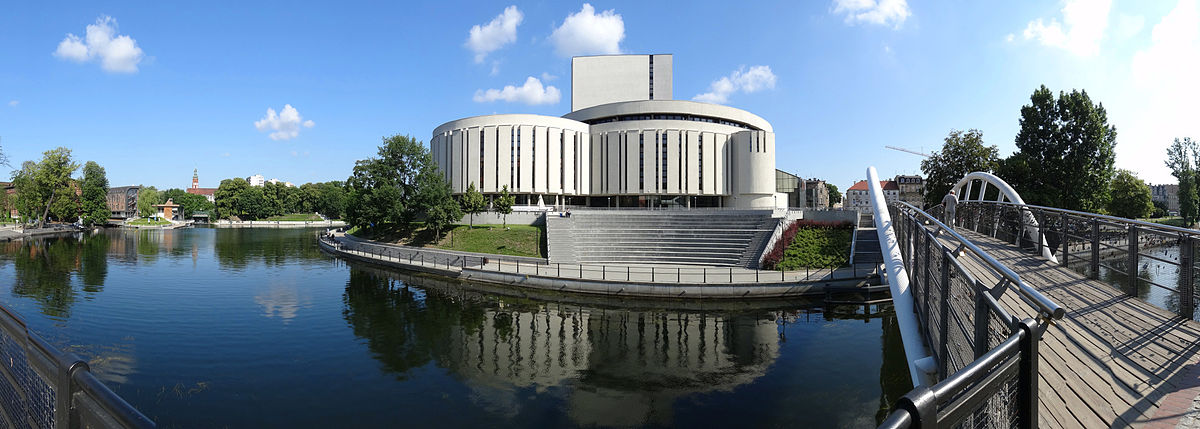 Widok z Wyspy na Operę Nova