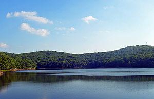 Beacon Reservoir (Dutchess County, New York) - North Beacon Mountain and Scofield Ridge seen from across the reservoir