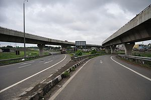 Belgharia - Belghoria Expressway near Nivedita Setu.