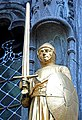 Belgium-5857 - Knight Statue (13639617803).jpg