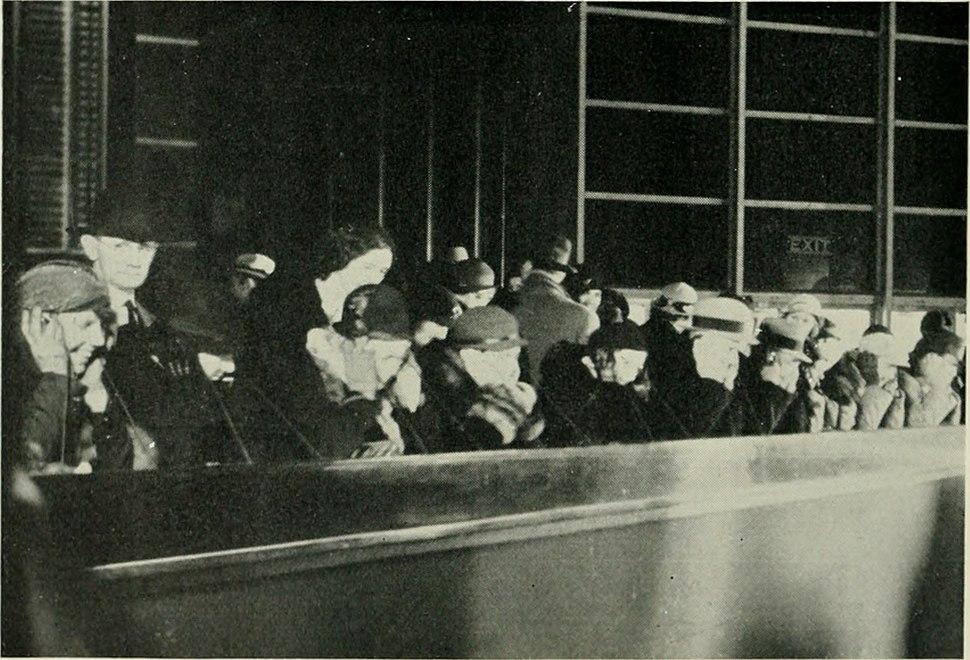 Bell telephone magazine (1922) (14569926537)