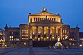 Berlin Mitte Konzerthaus Gendarmenmarkt Abend.jpg
