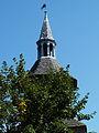 Besse en Chandesse la Ville médiévale le beffroi (1).jpg