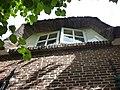 Beuningen (Gld) boerderij dorpssingel 5 dakkapel met overstekend strodak.JPG