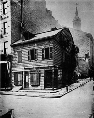 Mulberry Street (Manhattan) - Image: Black Horse Tavern Mulberry And Park St