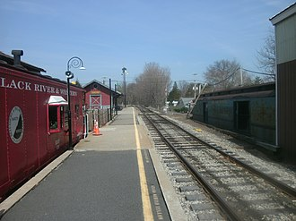 Ringoes, New Jersey - A Black River and Western caboose, semaphore and station depot at the station in Ringoes.
