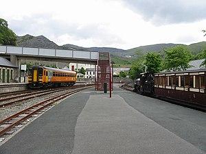 Blaenau Ffestiniog railway station - Blaenau Ffestiniog station is served by mainline standard gauge DMUs and narrow gauge trains of the Ffestiniog Railway