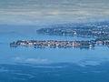 Blick auf den Bodensee und die Stadtinsel Lindau vom Pfänder, Bregenz, Österreich (15436506947).jpg