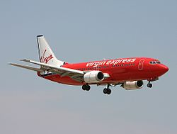 Boeing 737-300 der Virgin Express