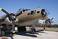 Boeing B-17G-85-DL Flying Fortress Nine-O-Nine RNose CFatKAM 09Feb2011 (14797368777).jpg
