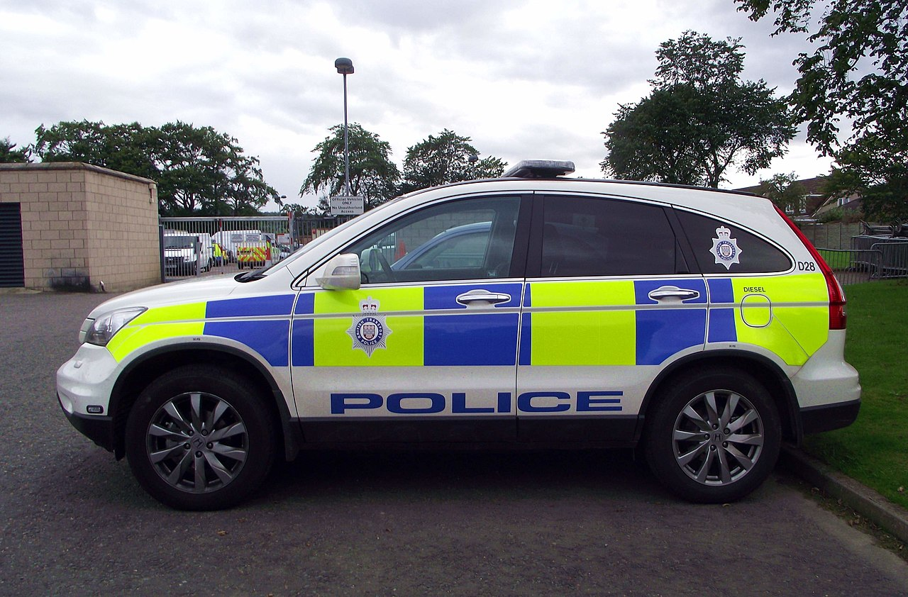 File:British Transport Police Honda CRV at Inverness ...