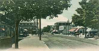 Derry, New Hampshire - Image: Broadway, looking west, West Derry, New Hampshire