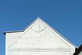 Budislav (TA), sluneční hodiny.jpg