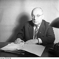 Bundesarchiv Bild 183-78210-0001, Friedrich Karl Kaul.jpg