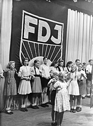 Friedrichstadt-Palast - The FDJ inauguration ceremony at the Friedrichstadt Palast in 1947