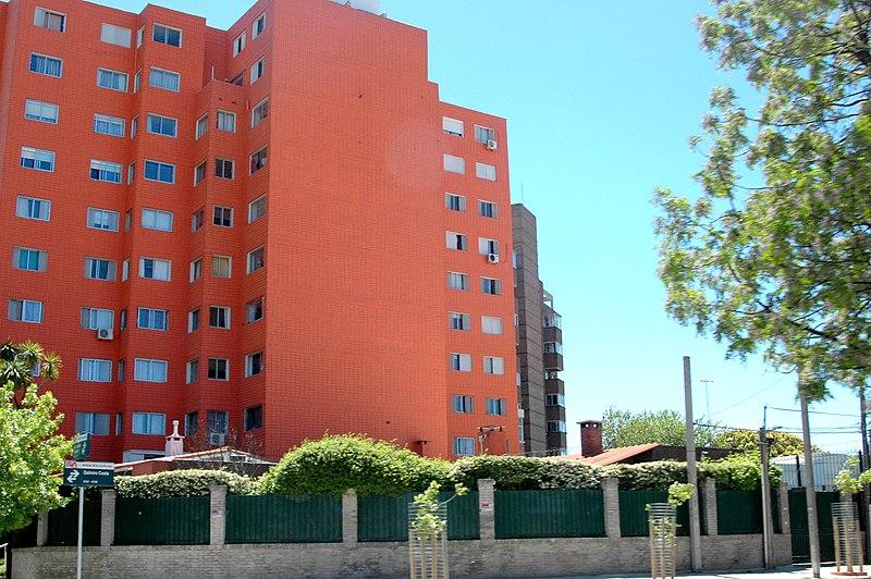 File:Calle Bvar. José Batlle y Ordóñez esquina Dalmiro Costa - panoramio.jpg