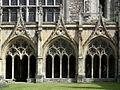 Canterbury, Canterbury cathedral-Cloister 04.JPG