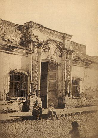 Casa de Tucumán - First known photo of the Casa de Tucumán, taken by Ángel Paganelli in 1869.