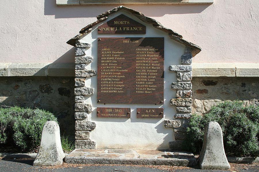 Castanet-le-Haut (Hérault) - monument aux morts (avant l'ajout de trois noms supplémentaires). Le prénom du 1er Poilu M ABBAL est Durveil