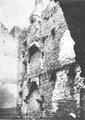 Castello d'Ussel, camini sovrapposti (ruderi), fig 128 foto nigra.tif