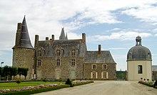 Madame de Sévigné dans FONDATEURS - PATRIMOINE 220px-Castle-Rochers-Sevigne1