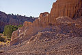 Cathedral Gorge Trail 16 (4216287788).jpg