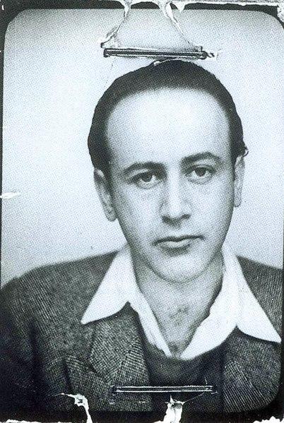 Ficheiro:Celan passphoto 1938.jpg