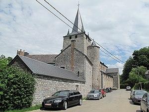 Houyet - Image: Celles, église Saint Hadelin foto 4 2012 06 30 13.33