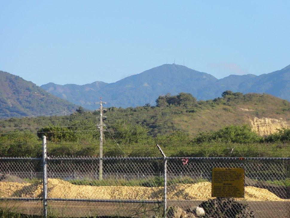 Cerro de Punta as seen from Mercedita Airport, Ponce, Puerto Rico (DSC02952)