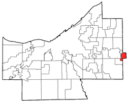 Location of Chagrin Falls in Cuyahoga County
