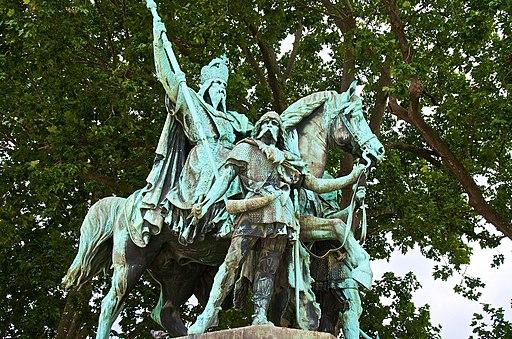 Charlemagne Notre Dame 02