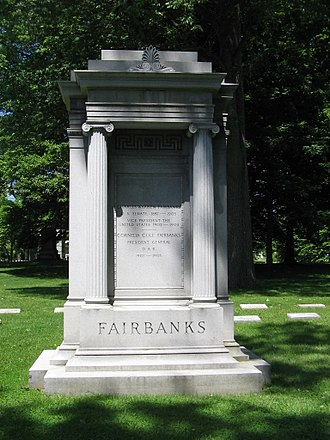 Charles W. Fairbanks - Fairbanks's grave in Crown Hill Cemetery in Indianapolis, Indiana.