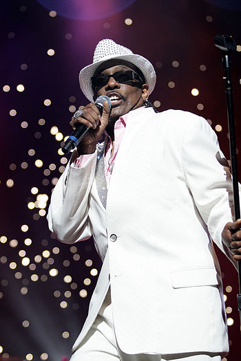 English: Charlie Wilson at the Arie Crown Thea...