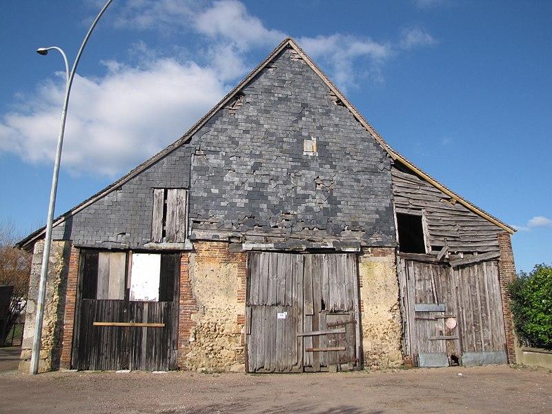 Charny, Yonne, Bourgogne, France. The tithe barn