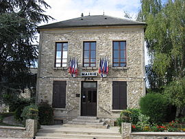 The town hall of Charny